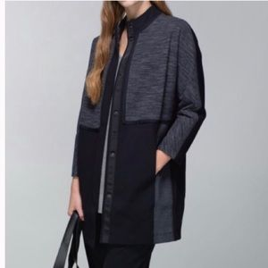 Lululemon Black/ Gray Cocoon Long Car Coat M